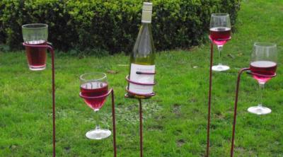 Garden wines, funny and spirit drinks to celebrate our new selves